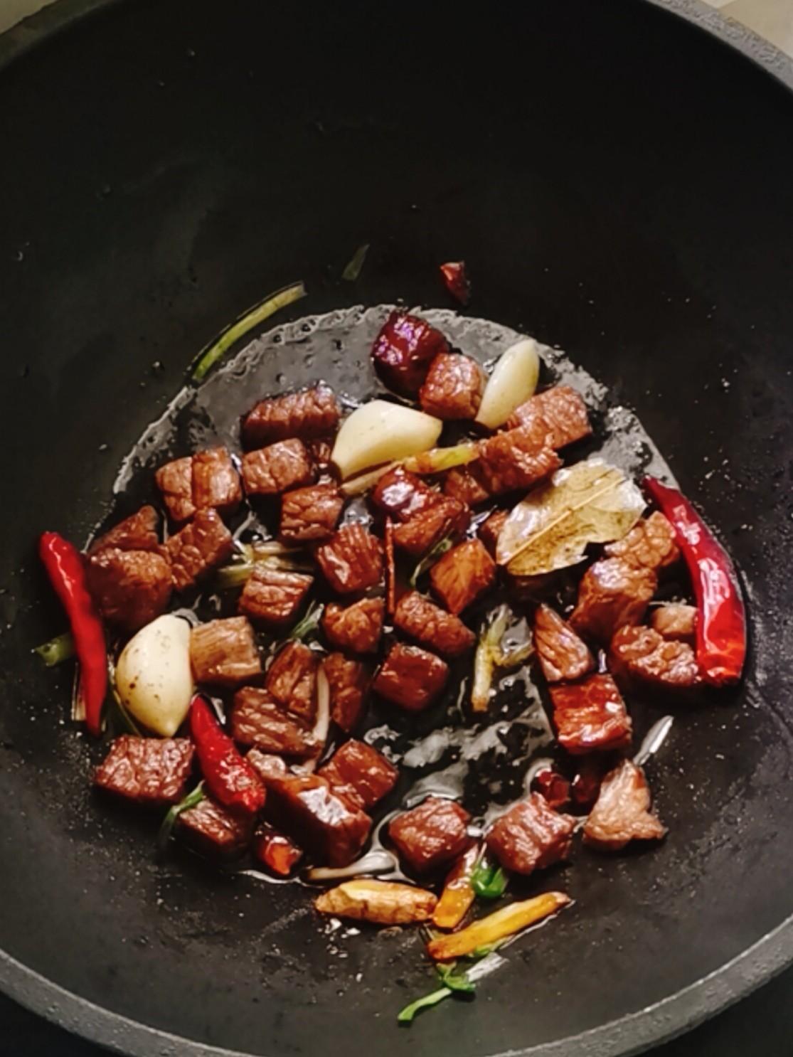鲍鱼牛肉饭怎么做