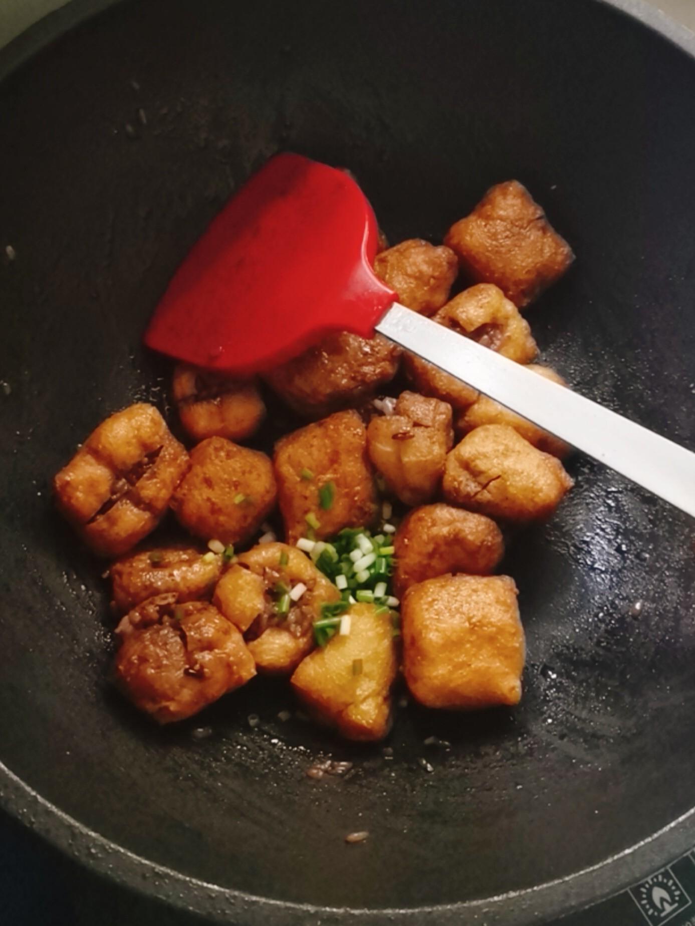 油豆腐酿米丸子怎么炒