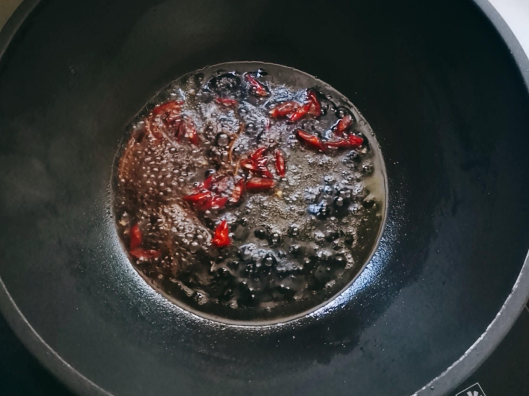 凉拌香椿怎么吃