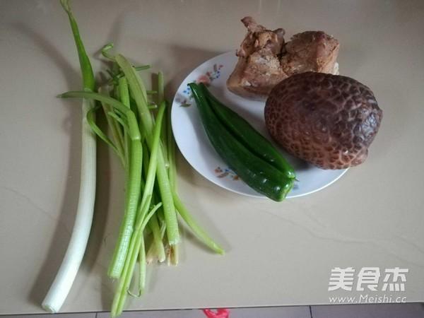 芹菜香菇肉片的做法大全