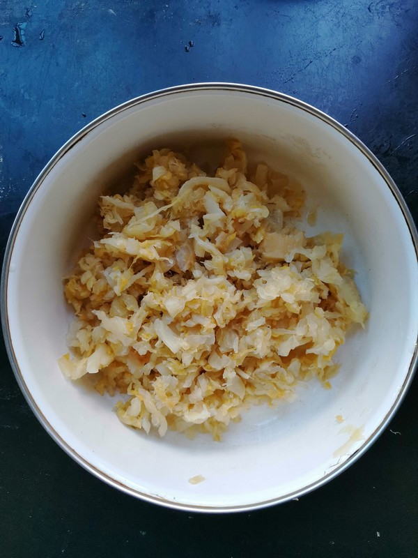 猪肉酸菜饺的家常做法