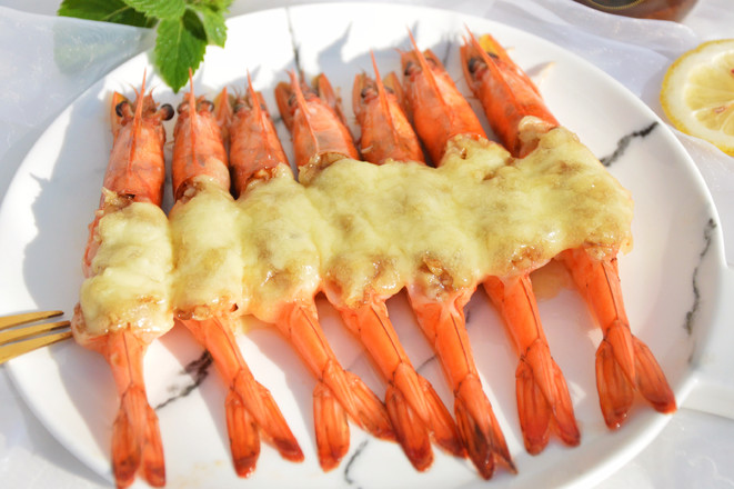 黄梅酱焗虾成品图