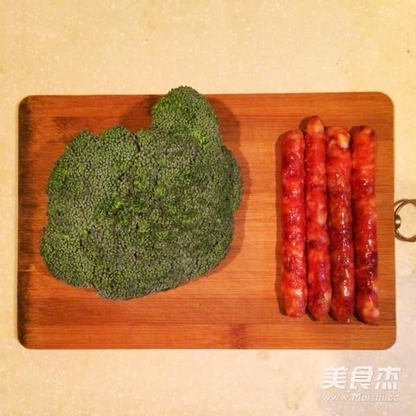 广式腊味煲仔饭(电饭锅版)的做法大全