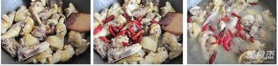 新疆大盘鸡的家常做法