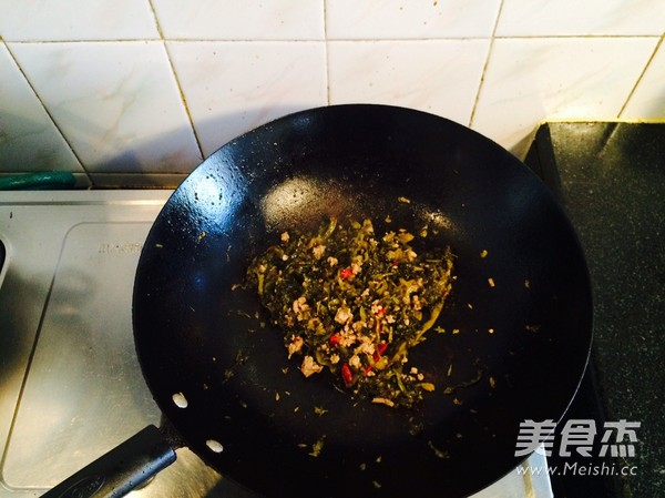 雪菜冬笋豆腐汤的做法图解