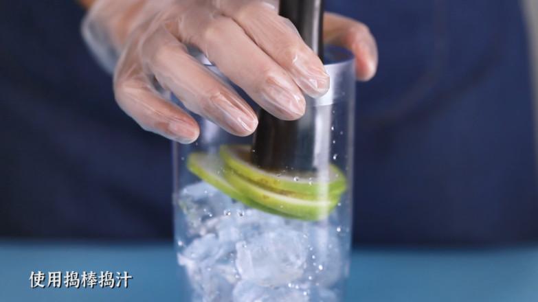 香水麦草奇异果柠檬茶/奇异果手打柠檬茶/香水柠檬奇异果绿茶的简单做法