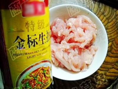 猪肉炒三丝的简单做法