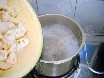 花生莲藕脊骨汤怎么煮