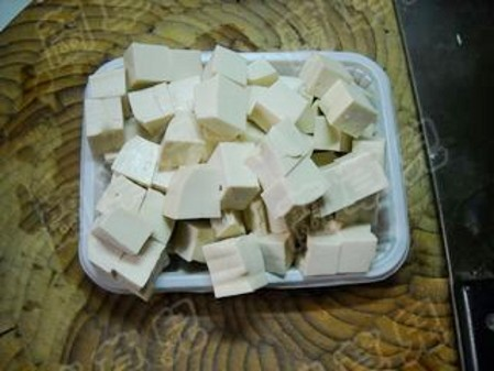 咖喱豆腐炖茄子的简单做法