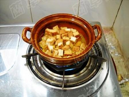 咖喱豆腐炖茄子怎么煸