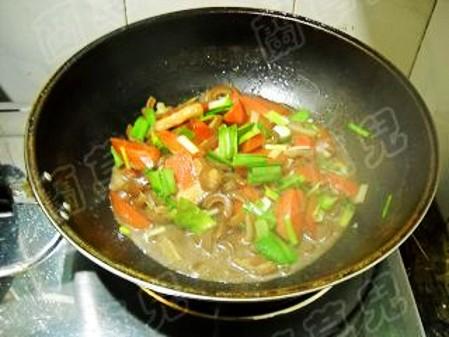 胡萝卜炖猪皮怎样做