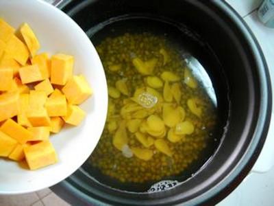 百合南瓜绿豆汤怎么炒