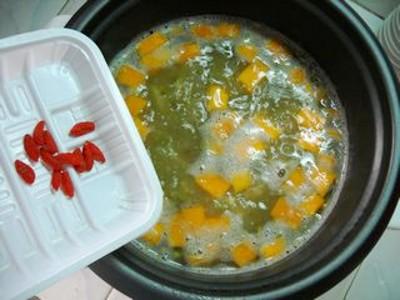 百合南瓜绿豆汤怎么炖