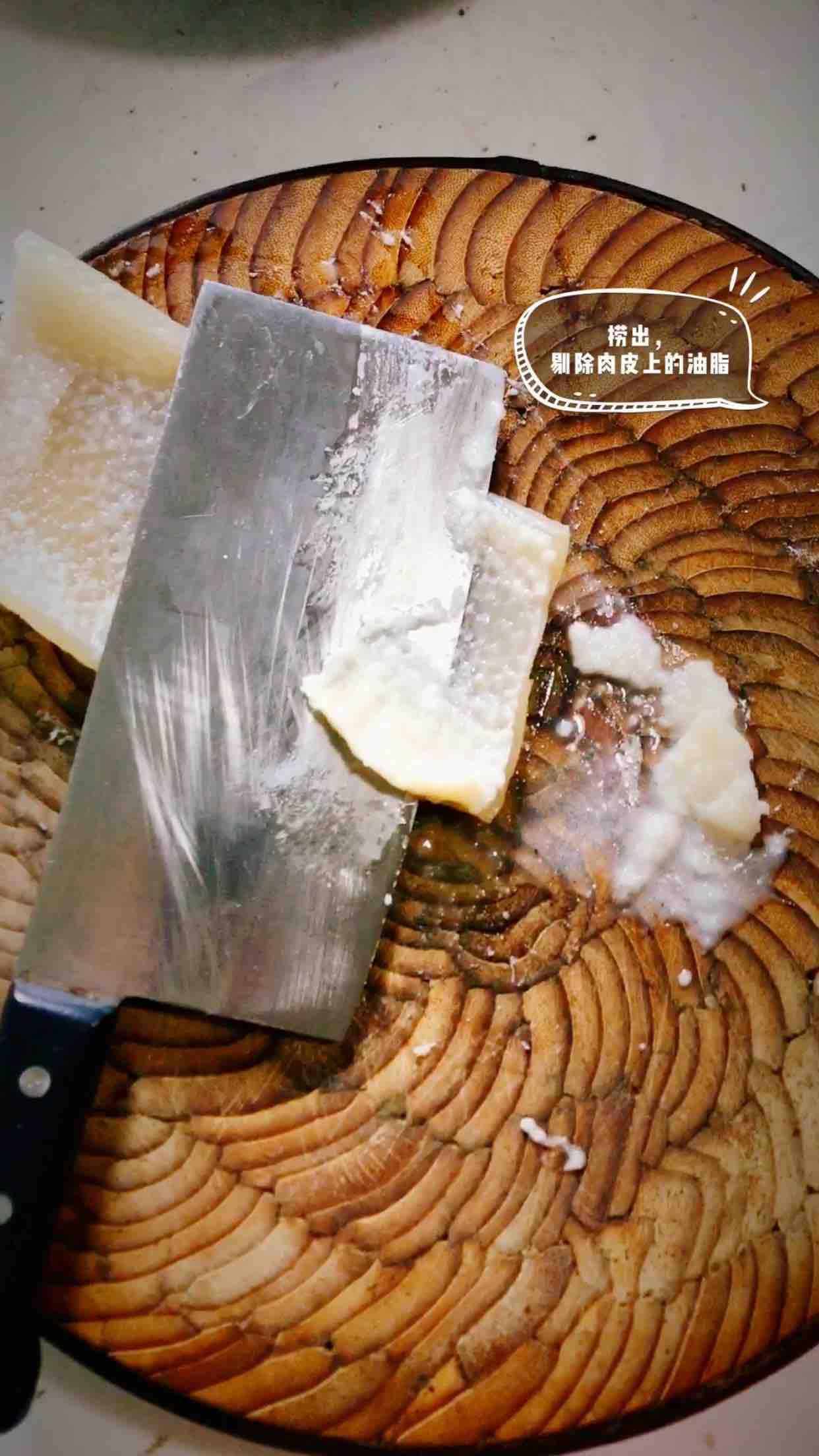 酥炸猪皮的家常做法