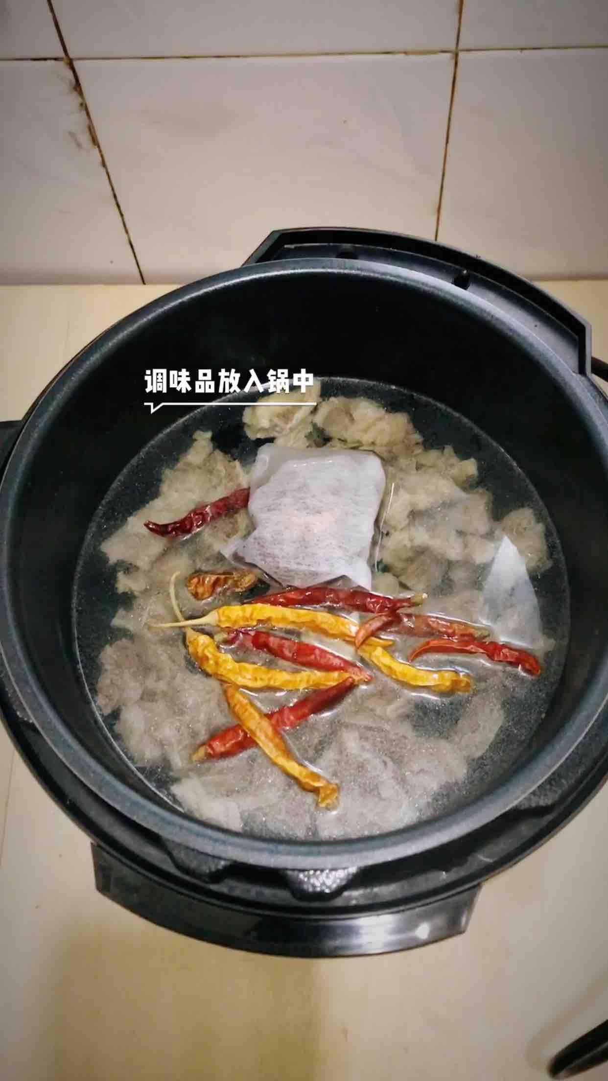 砂锅炖牛腩怎么吃