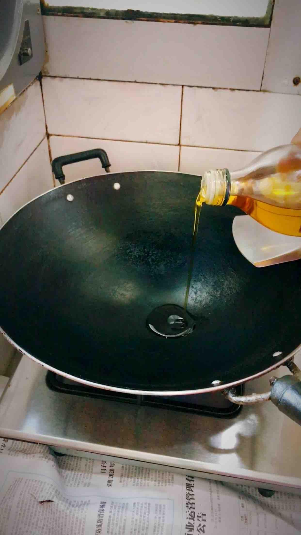 地耳豆腐鸡蛋汤的步骤