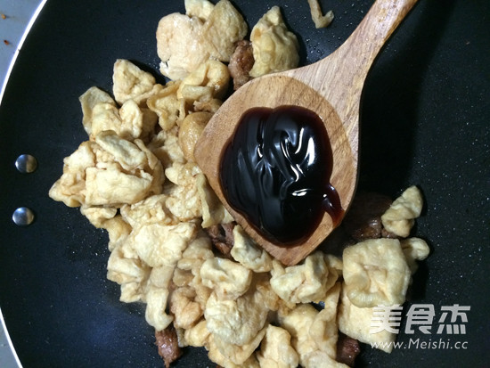 油豆腐炒肉怎么吃