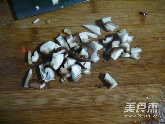 黄焖鸡米饭的做法大全