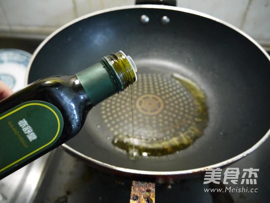 红烧肉煲的家常做法