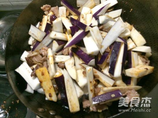 茄子炒碎肉的家常做法