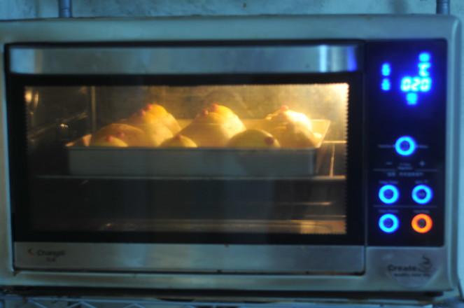 小鸡吉祥面包怎样做
