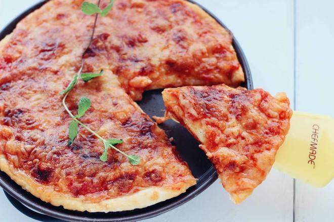 番茄龙利鱼披萨成品图
