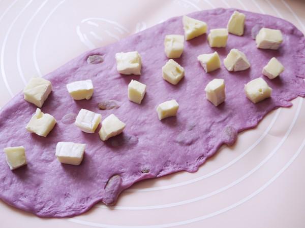 葡萄干奶酪软欧的简单做法
