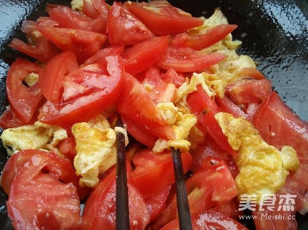 西红柿鸡蛋面的家常做法