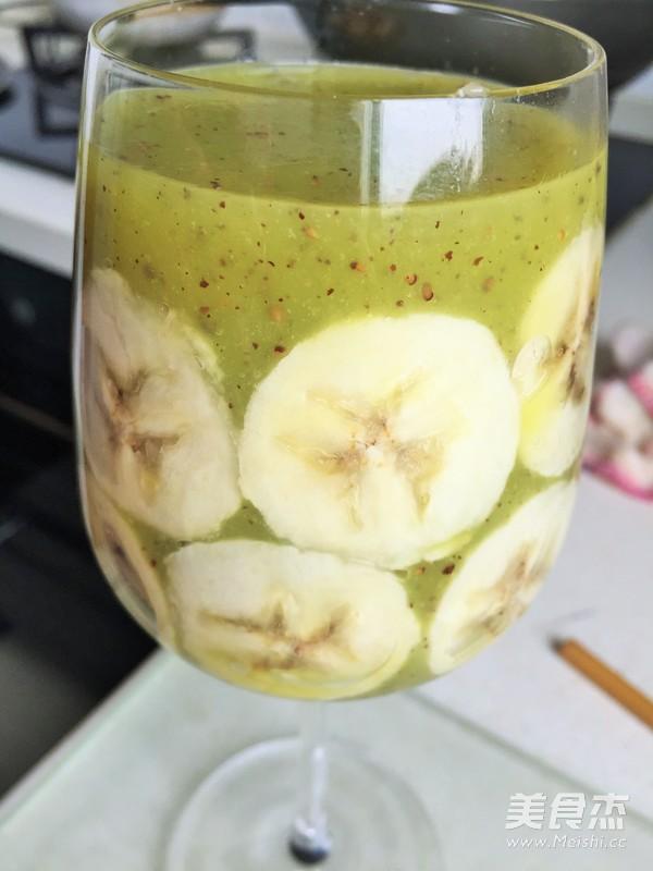 创意猕猴桃汁香蕉拼杯怎么炒