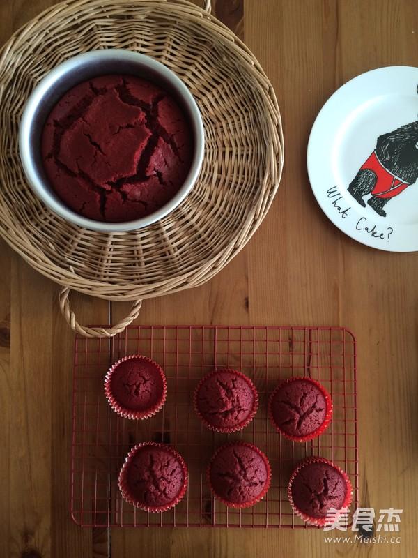 经典红丝绒蛋糕(Red Velvet Cake)怎么炖