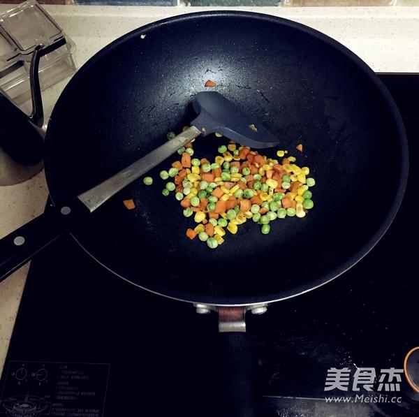 菠萝炒饭怎么吃