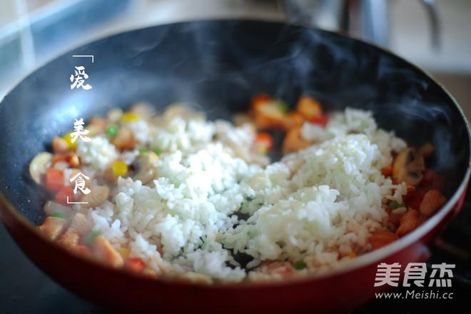 日式蛋包饭的简单做法