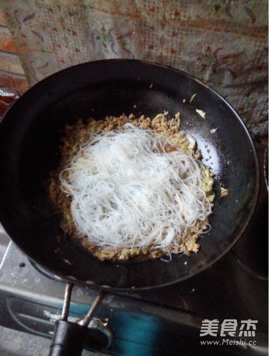 白菜肉末粉丝怎么煮