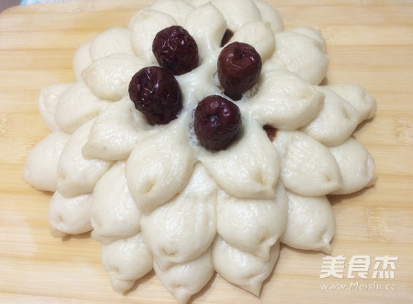 莲花枣饼成品图