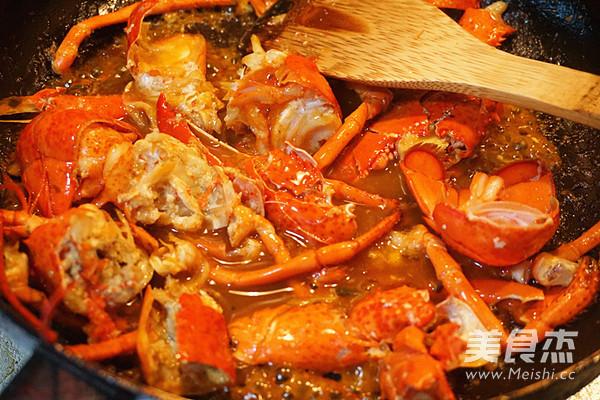 龙虾炒面的步骤