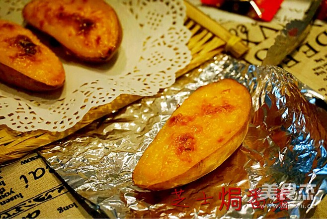 温暖味蕾的芝士焗番薯成品图
