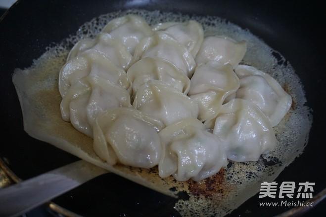 教你如何做冰花饺子怎么煮
