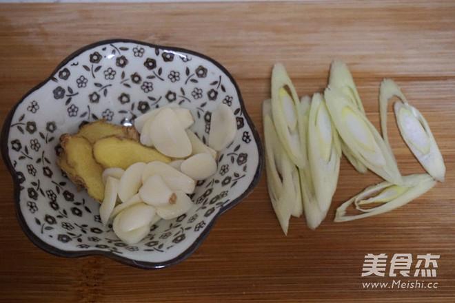 绝杀米饭的黄焖鸡的家常做法
