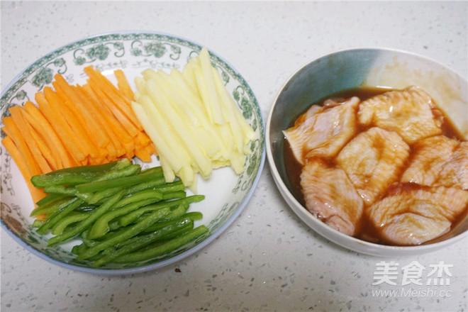 鸡翅包时蔬的简单做法
