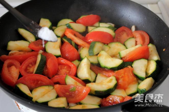西红柿炒西葫芦怎么吃