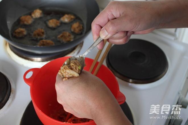 白菜烧肉丸的简单做法