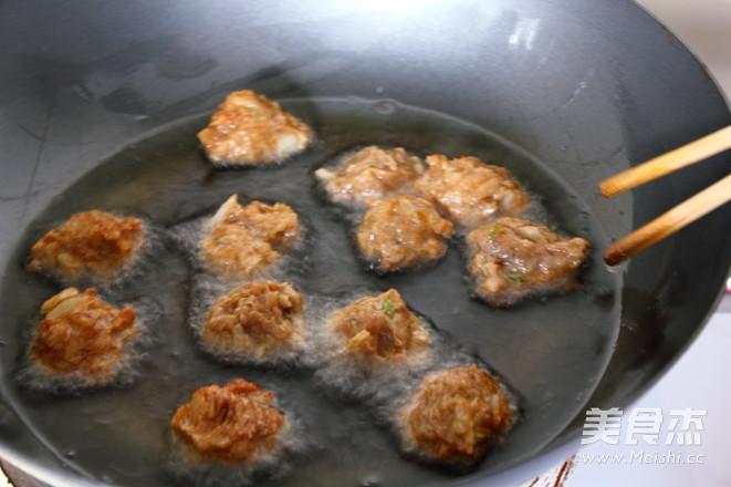 白菜烧肉丸怎么吃