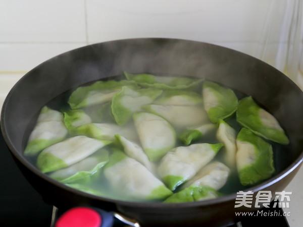翡翠白菜水饺怎么煸