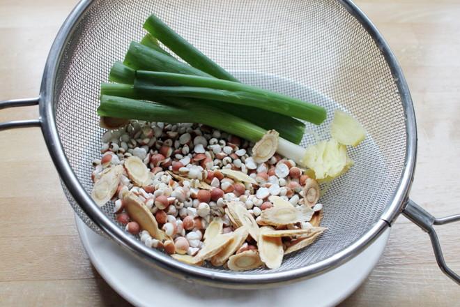 黄芪薏米排骨汤的做法图解