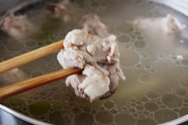 黄芪薏米排骨汤怎么炒
