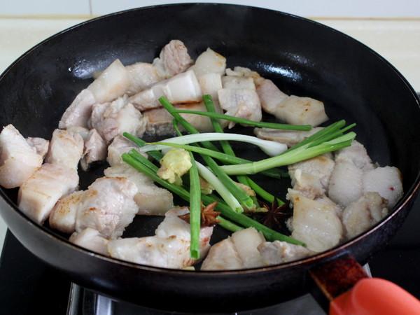 豆腐果炖五花肉的简单做法