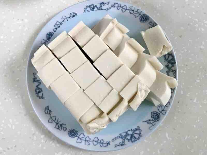 玉米豆腐排骨汤的做法图解