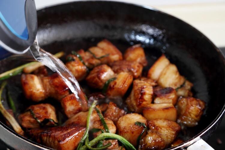豆芽豆腐果烧五花肉的做法图解