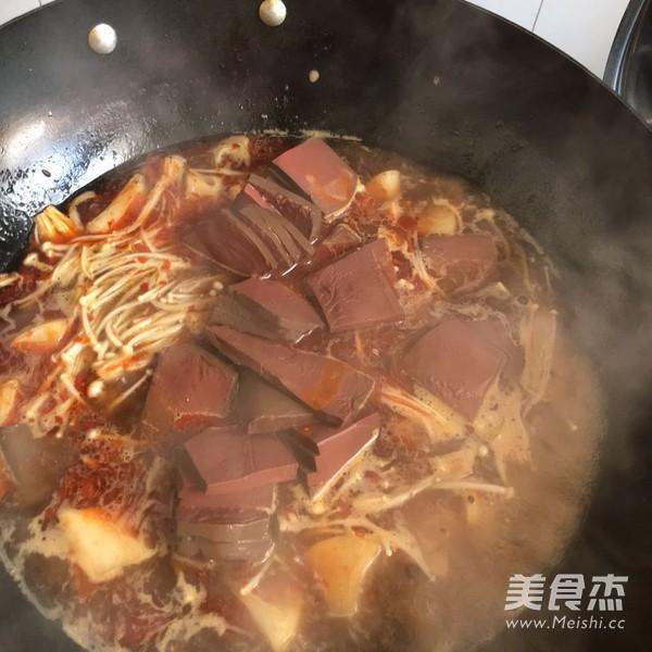 鸭血火锅怎么煮