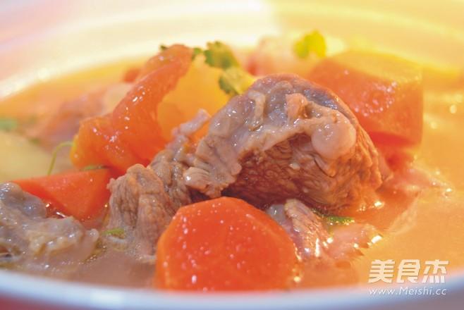土豆西红柿牛腩汤成品图